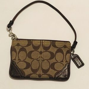 "Luxury ""Coach"" Wristlet"